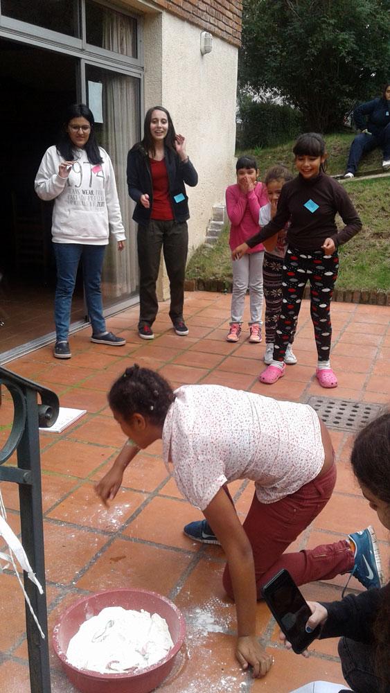 Voluntariado-con-Hogar-Paulina-Luisi_001